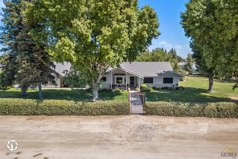 Photo of 16406 Palm Avenue, Bakersfield, CA 93314