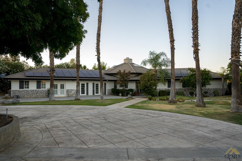 Photo of 6625 River Grove Street, Bakersfield, CA 93308