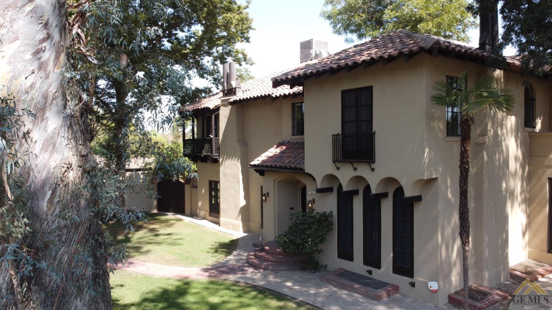 Photo of 600 Oleander Avenue, Bakersfield, CA 93304