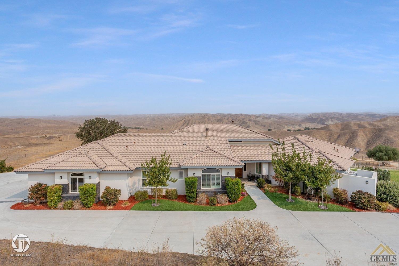 Photo of 11638 S Granite Road, Bakersfield, CA 93308