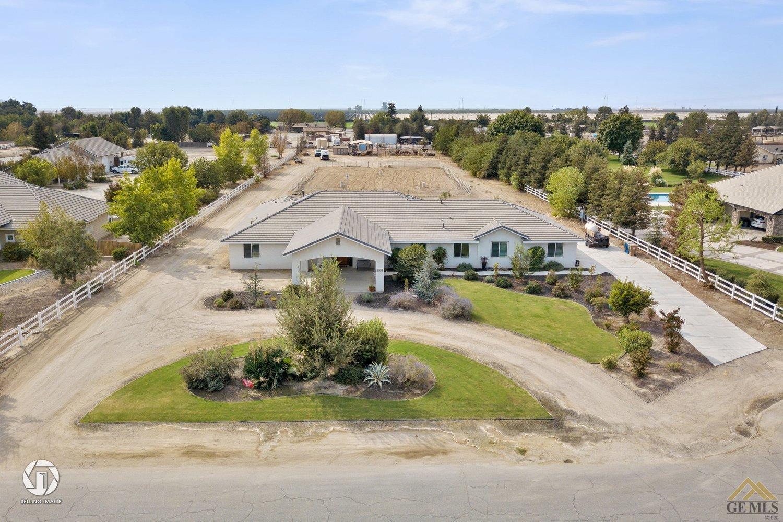 Photo of 6809 Ryan Park Court, Bakersfield, CA 93313