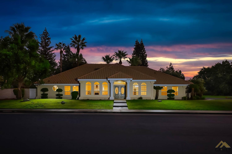 Photo of 9208 McInnes, Bakersfield, CA 93311
