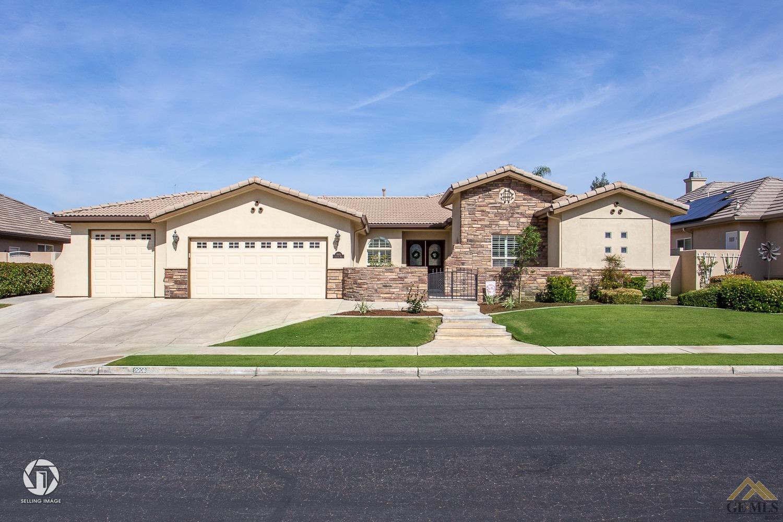 Photo of 9908 Lightner Way, Bakersfield, CA 93311