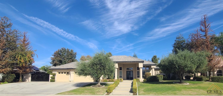 Photo of 15638 Rubicon Avenue, Bakersfield, CA 93314