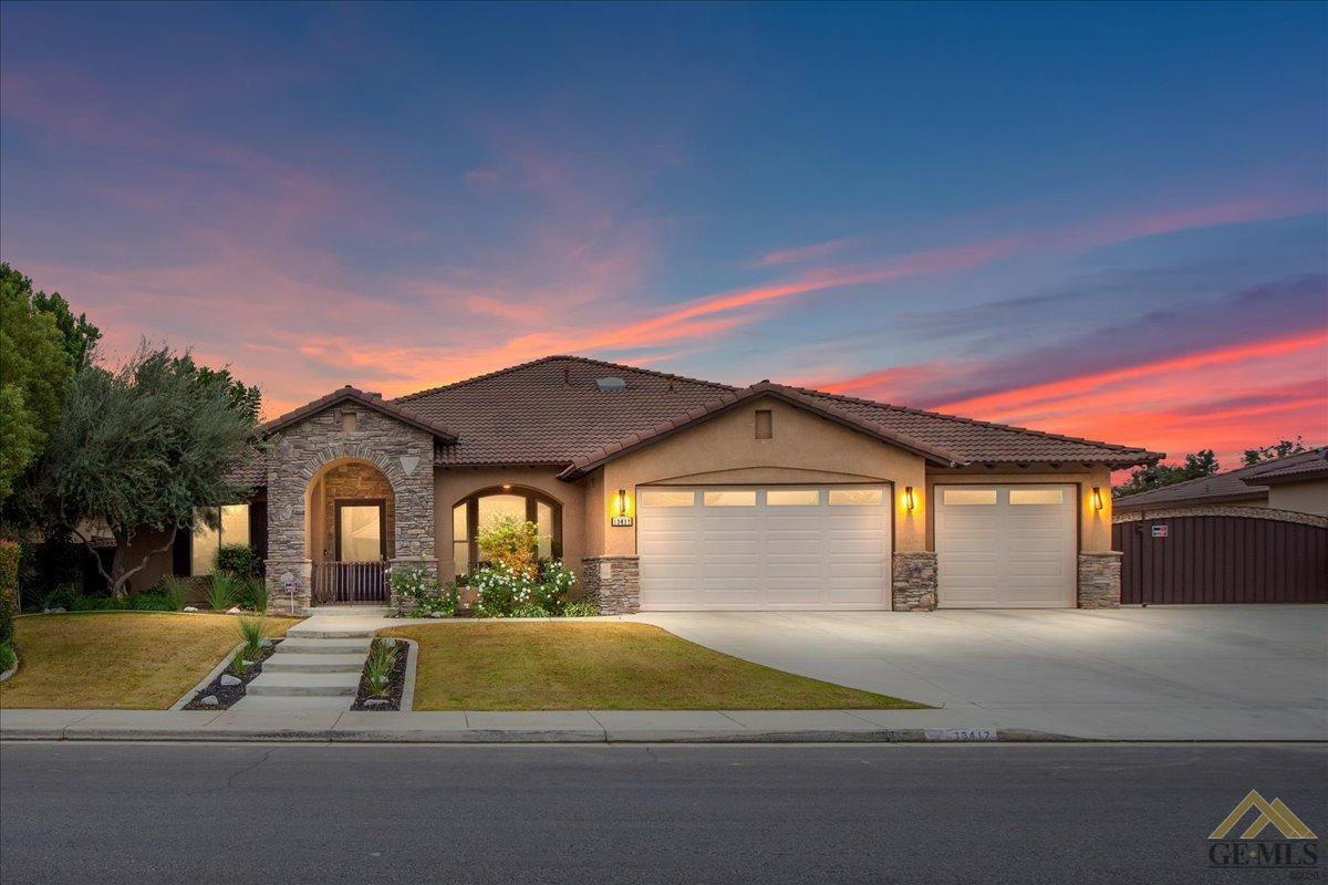 Photo of 13417 Phoenix Palm, Bakersfield, CA 93314
