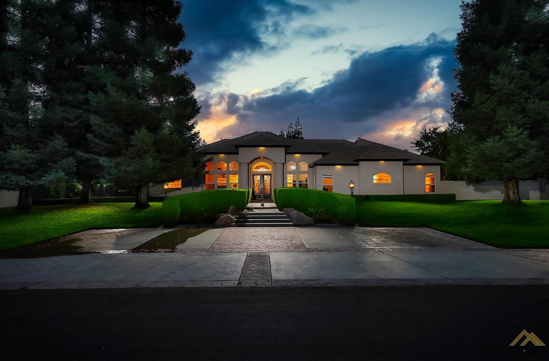 Photo of 15731 Manon Drive, Bakersfield, CA 93314