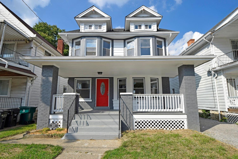 Property for sale at 1620 Grantwood Avenue, Cincinnati,  OH 45207