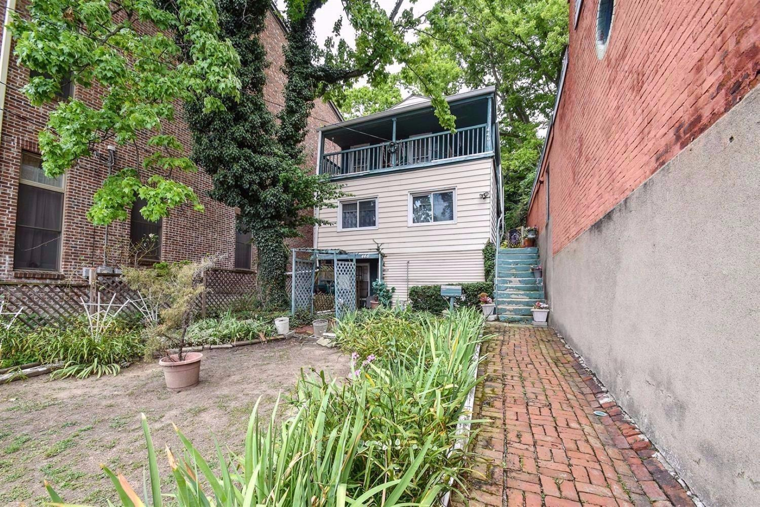 Great renovation opportunity in Historic Prospect Hill. 446 Milton Street is situated between Cumber and Highland Ave. Excellent lot with city views!