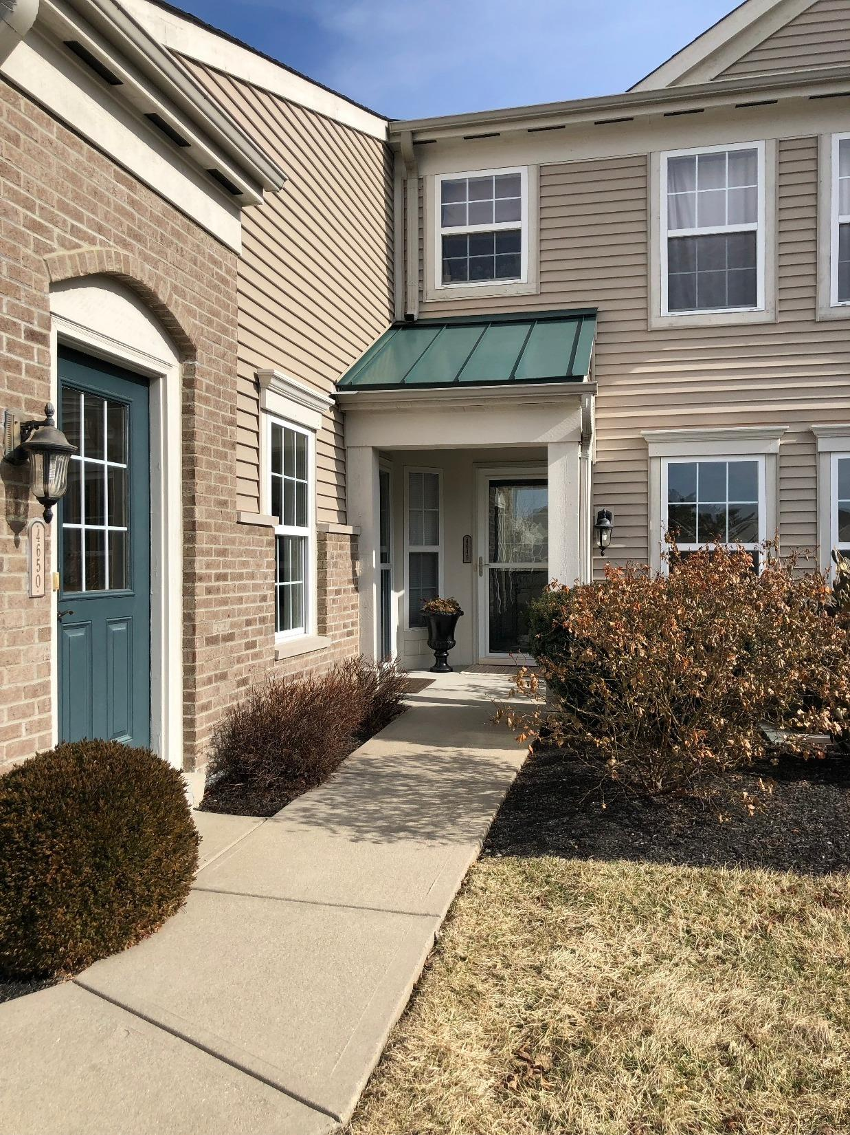 No Steps! Open floor plan. Large master bath with walk-in closet. 1 Car Garage attached. Great view from the deck to the woods.Community has all the amenities you could want. Walking trails, Pond, Club House/Fitness Center, Pool, Snow removal, landscaping and lawn care.