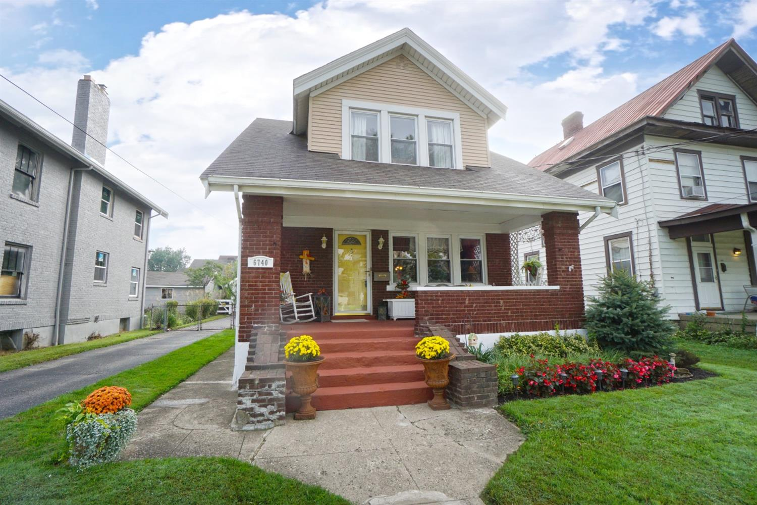 Property for sale at 6740 Highland Avenue, Silverton,  OH 45236