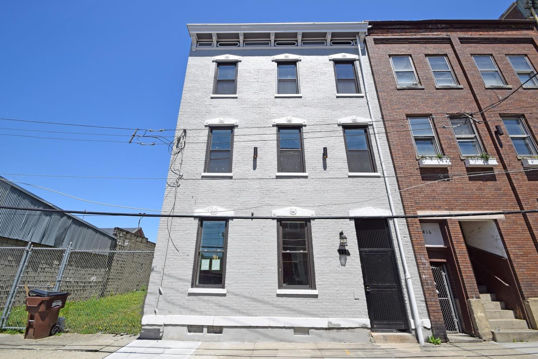 Property for sale at 418 Wade Street Unit: 1, Cincinnati,  OH 45214