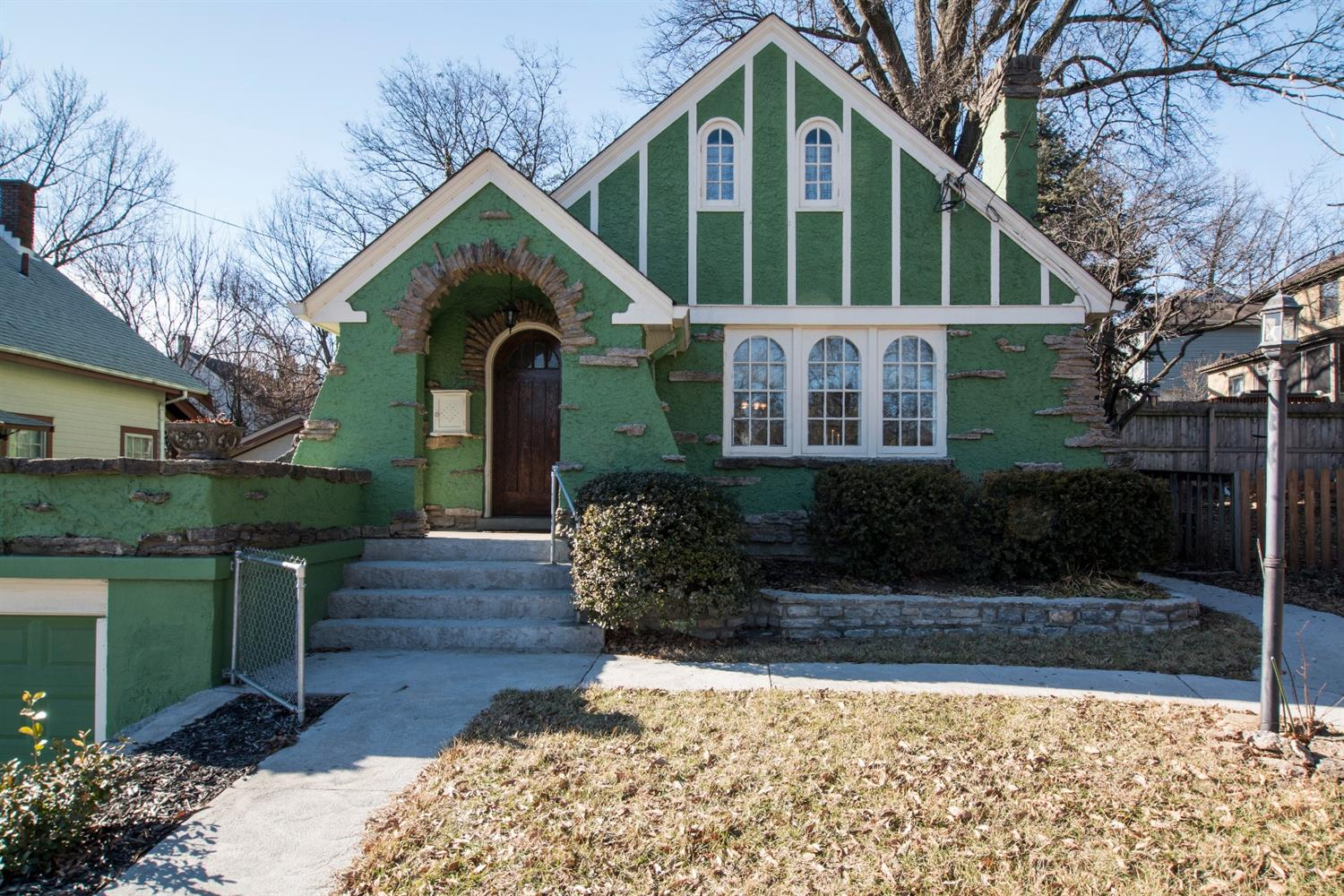 Delightful Tudor located in highly desirable Pleasant Ridge. Hardwood floors, new appliances and a master bedroom featuring a large walk-in closet and built-in drawers.