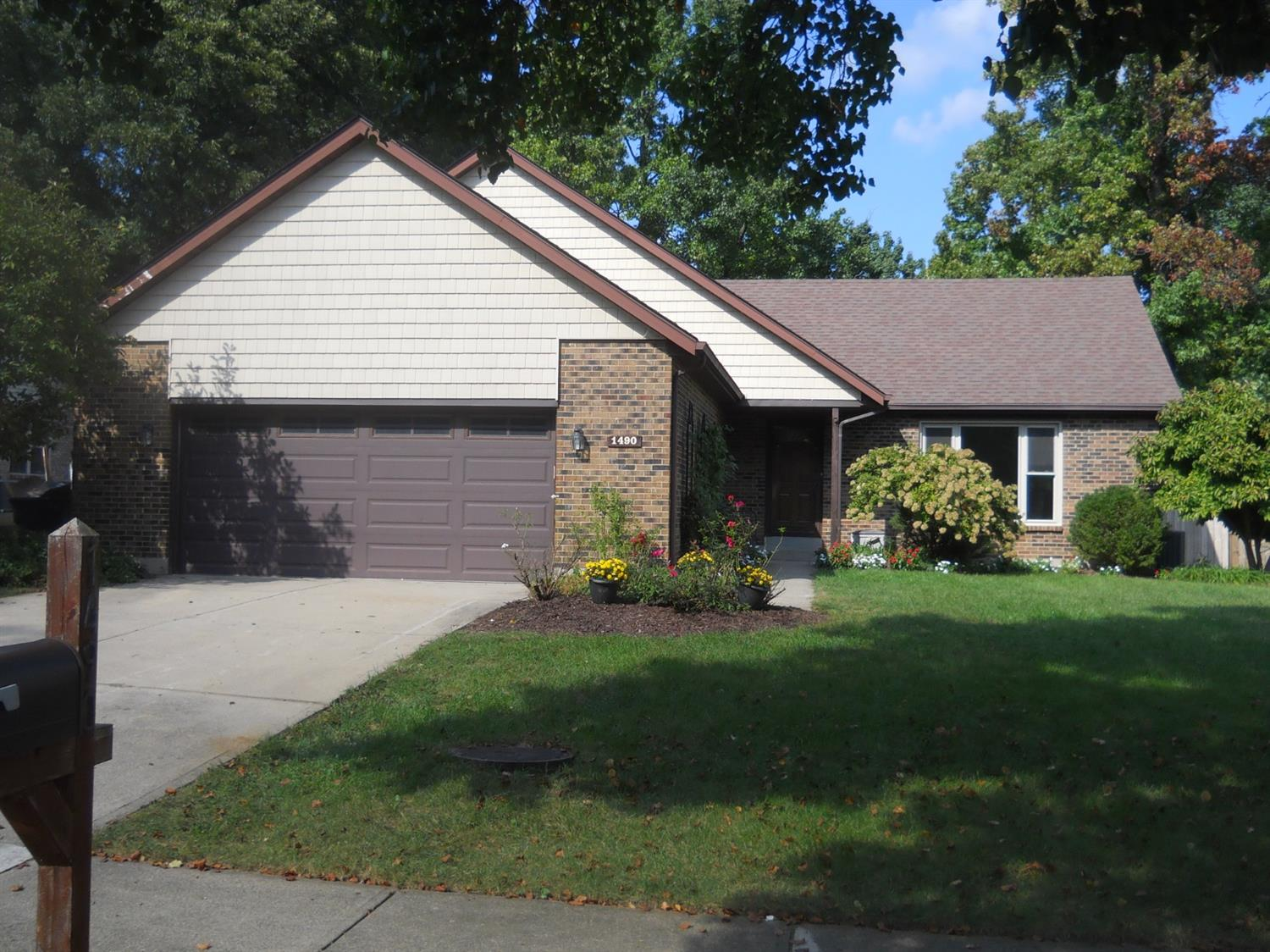 Property for sale at 1490 Becker Drive, Fairfield,  OH 45014