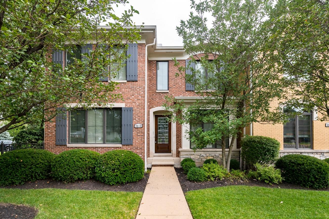 Property for sale at 9513 Park Manor, Blue Ash,  Ohio 45242