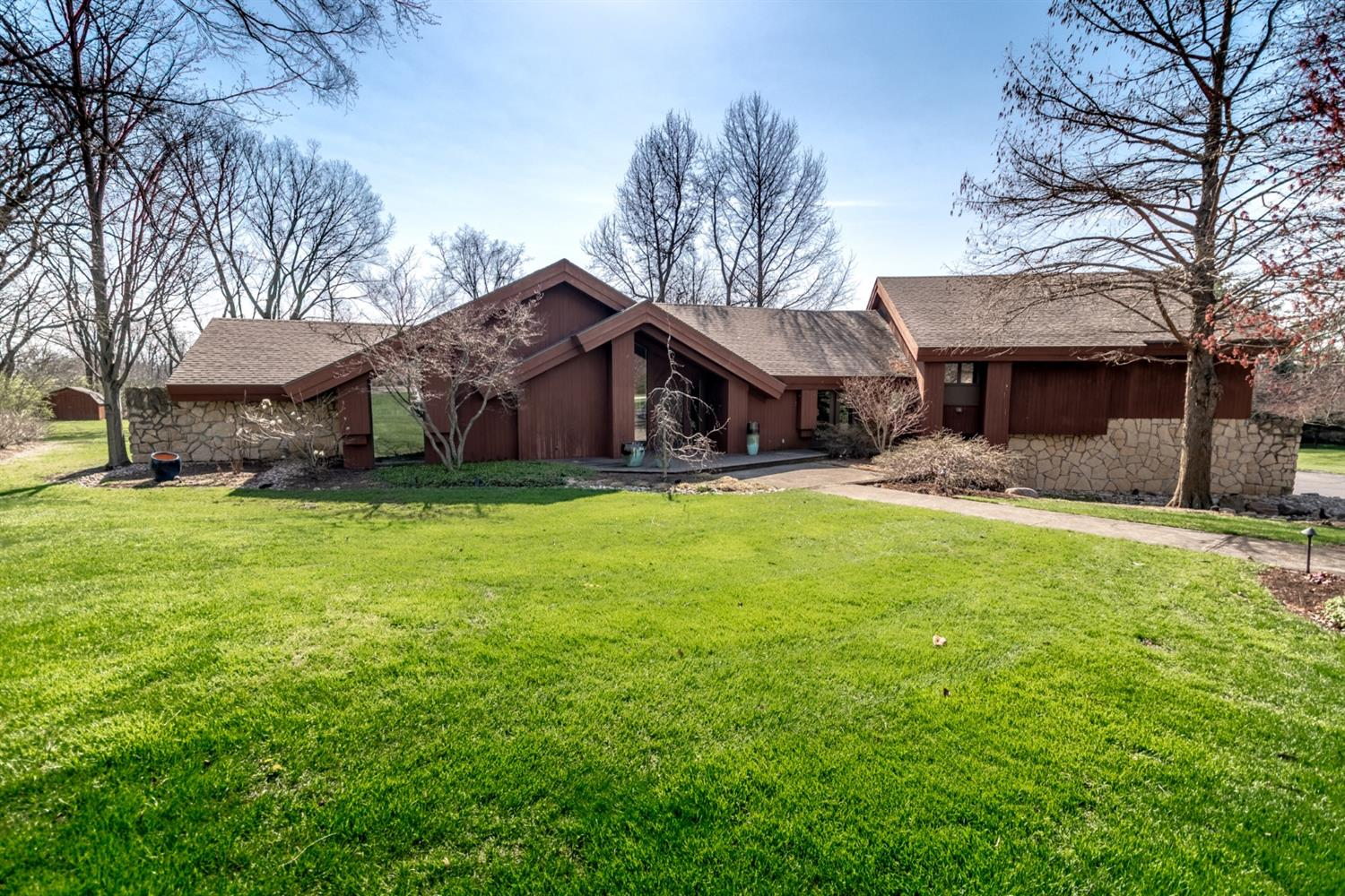 Property for sale at 600 Davinci Drive, Middletown,  Ohio 45042