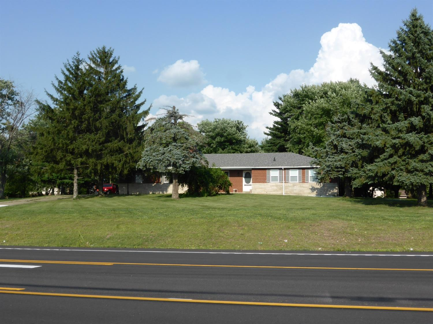 Property for sale at 6744 Yankee Road, Liberty Twp,  Ohio 45044