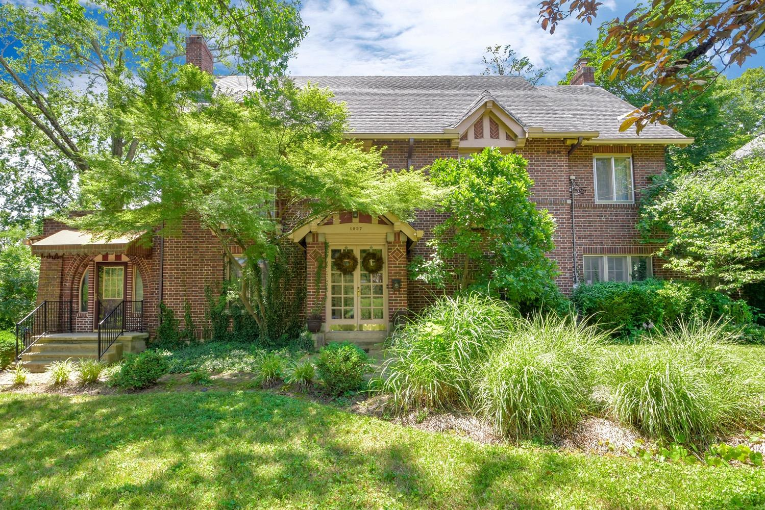 Property for sale at 1027 Valley Lane, Cincinnati,  OH 45229