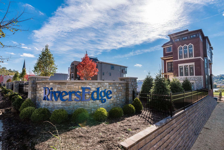 Property for sale at 2427 Riverside Drive Lot 8, Cincinnati,  Ohio 45202