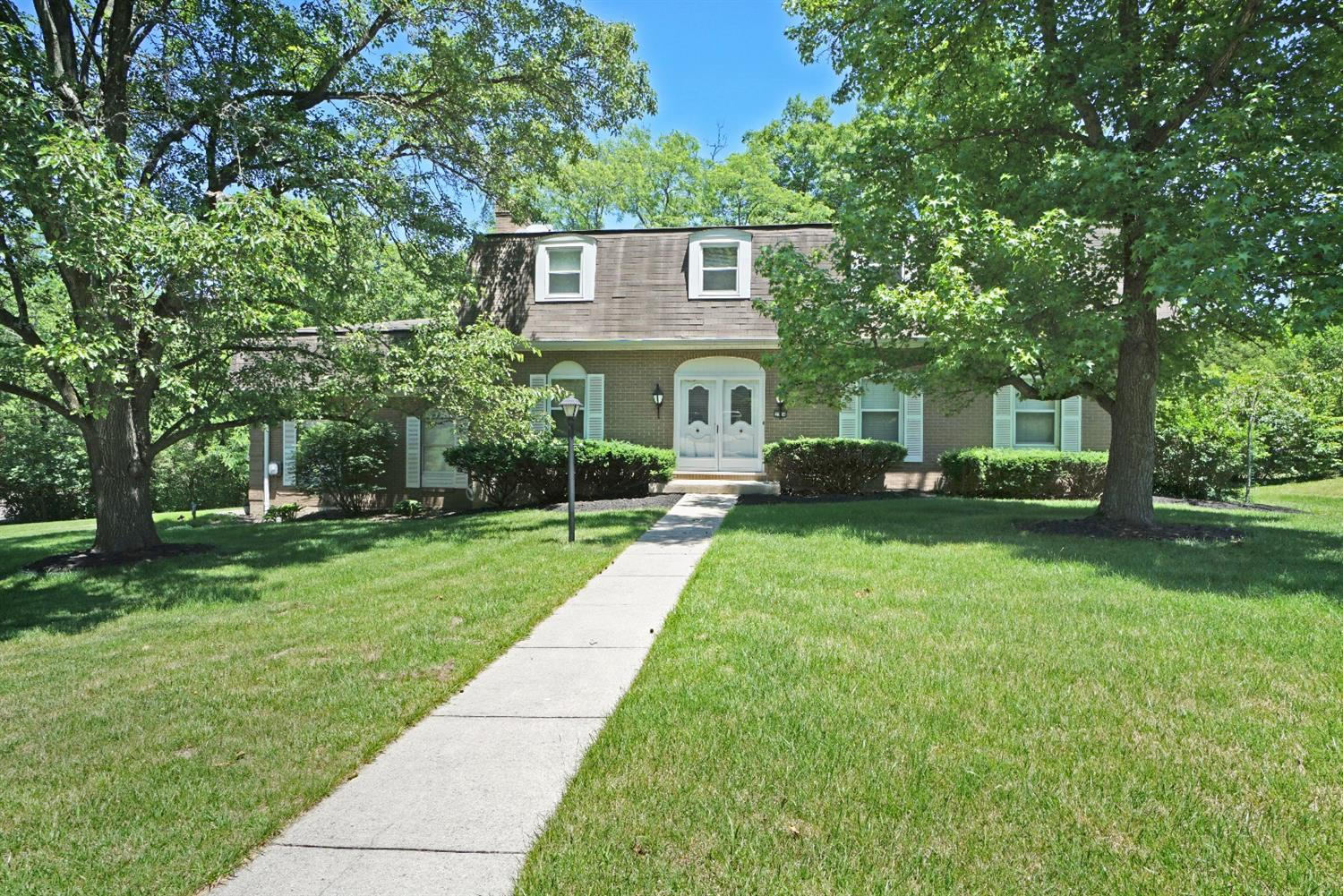 Property for sale at 2304 Beechcreek Lane, Green Twp,  OH 45233