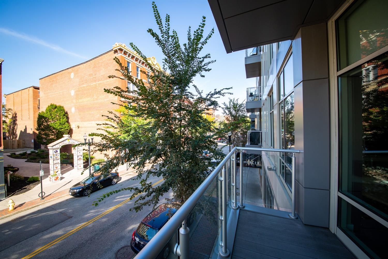 Property for sale at 1 Mercer Street Unit: 202, Cincinnati,  OH 45202