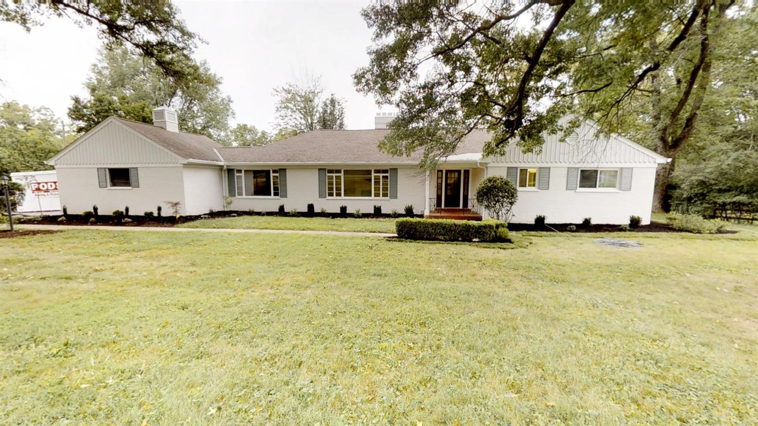 Property for sale at 7181 W Aracoma Drive, Amberley,  OH 45237