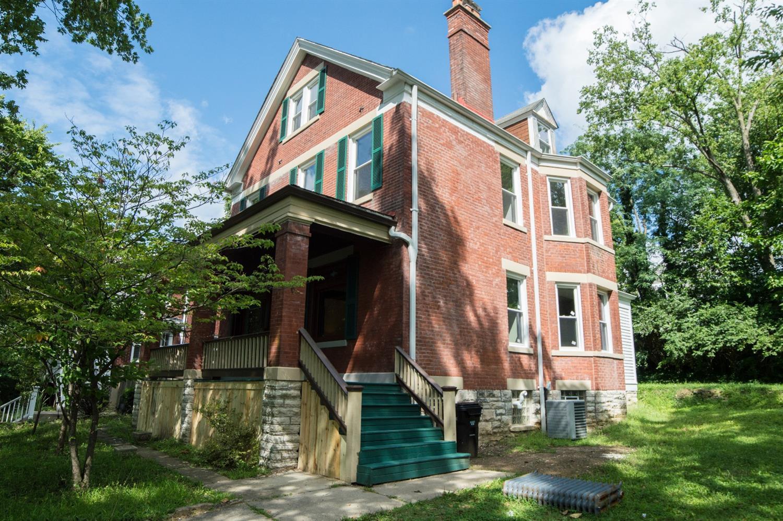 Property for sale at 3420 Lyleburn Place, Cincinnati,  Ohio 45220