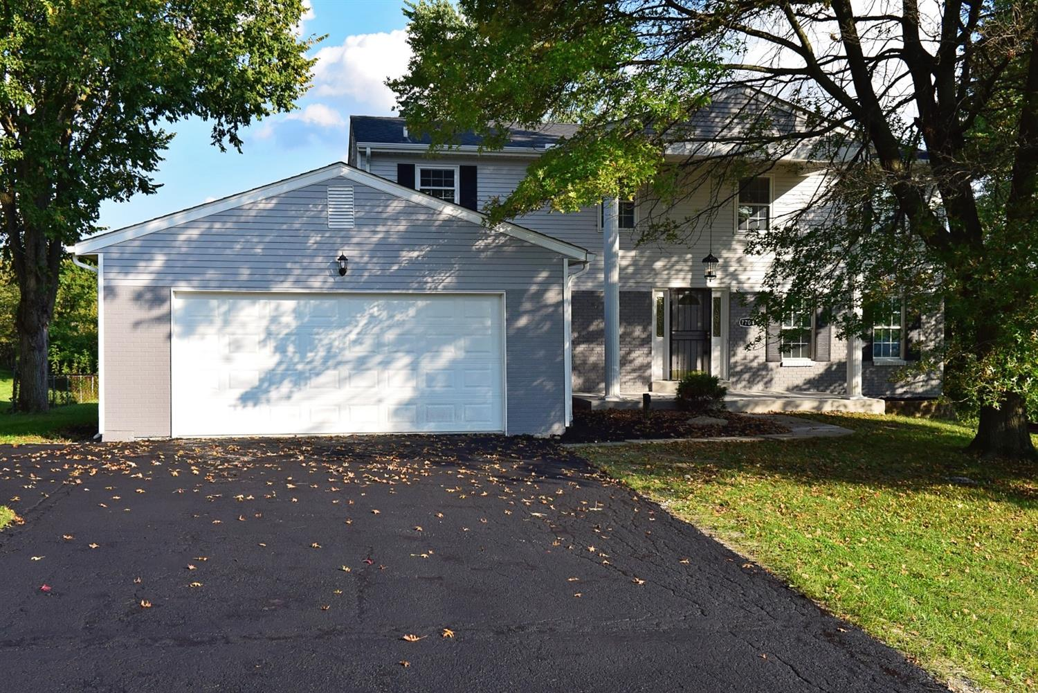Property for sale at 7704 Whitehall Circle, West Chester,  OH 45069