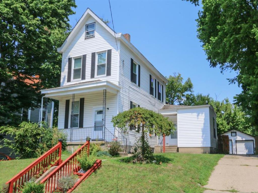 Property for sale at 1800 Courtland Avenue, Norwood,  Ohio 45212
