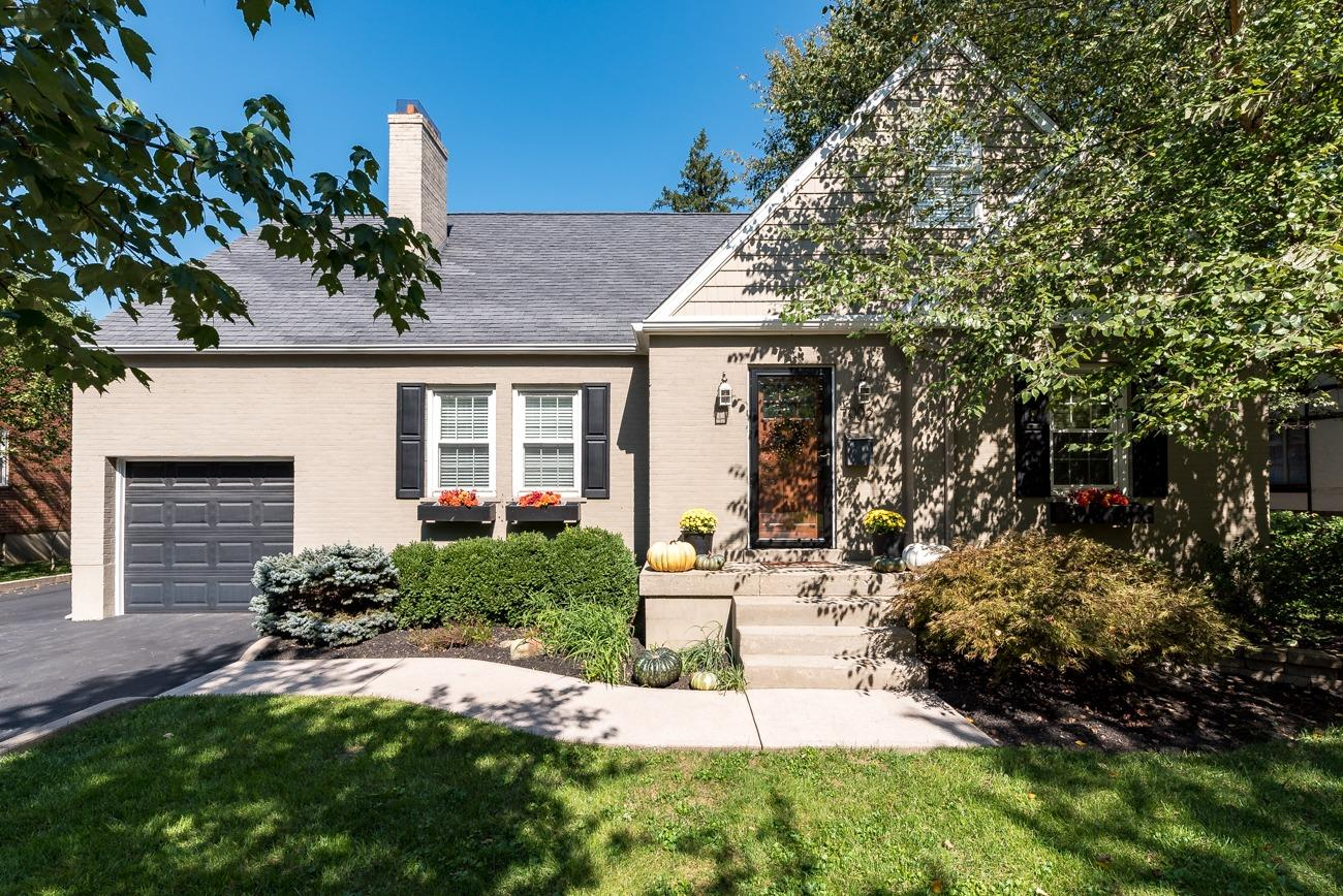 Property for sale at 7002 Wooster Pike, Mariemont,  OH 45227