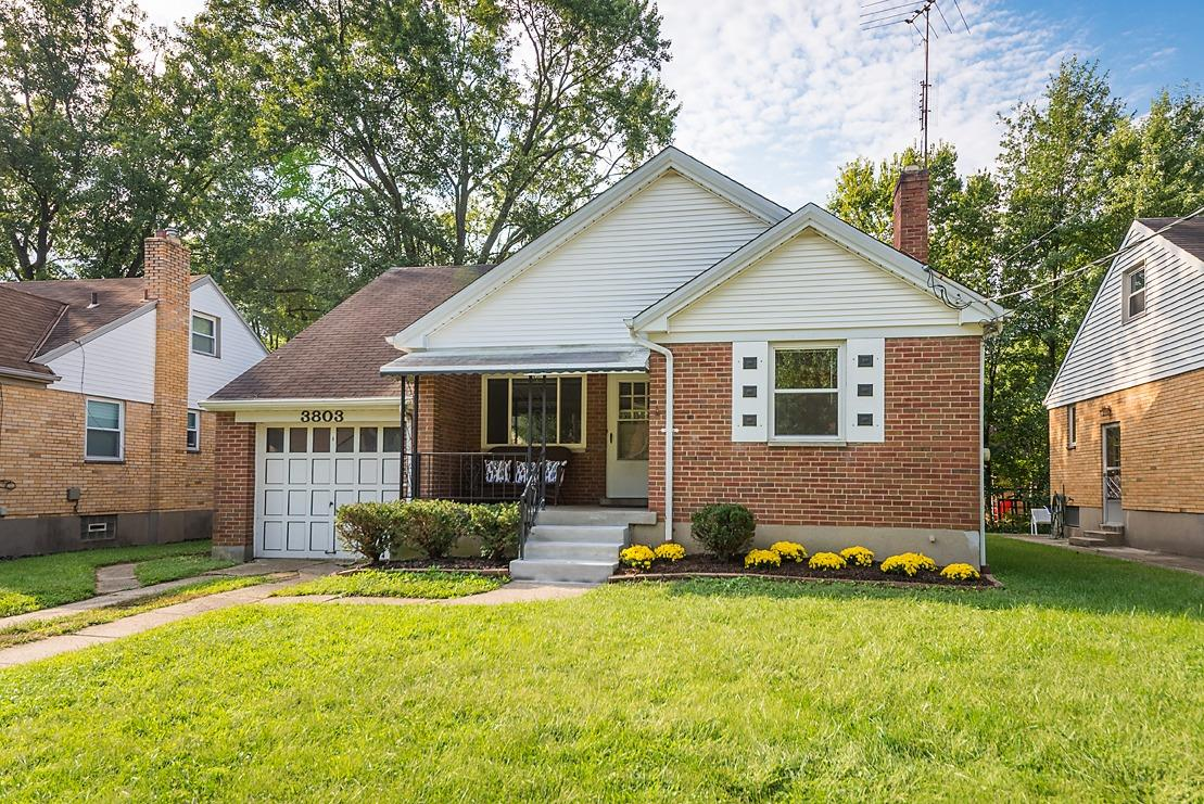 Property for sale at 3803 Gatewood Lane, Silverton,  OH 45236