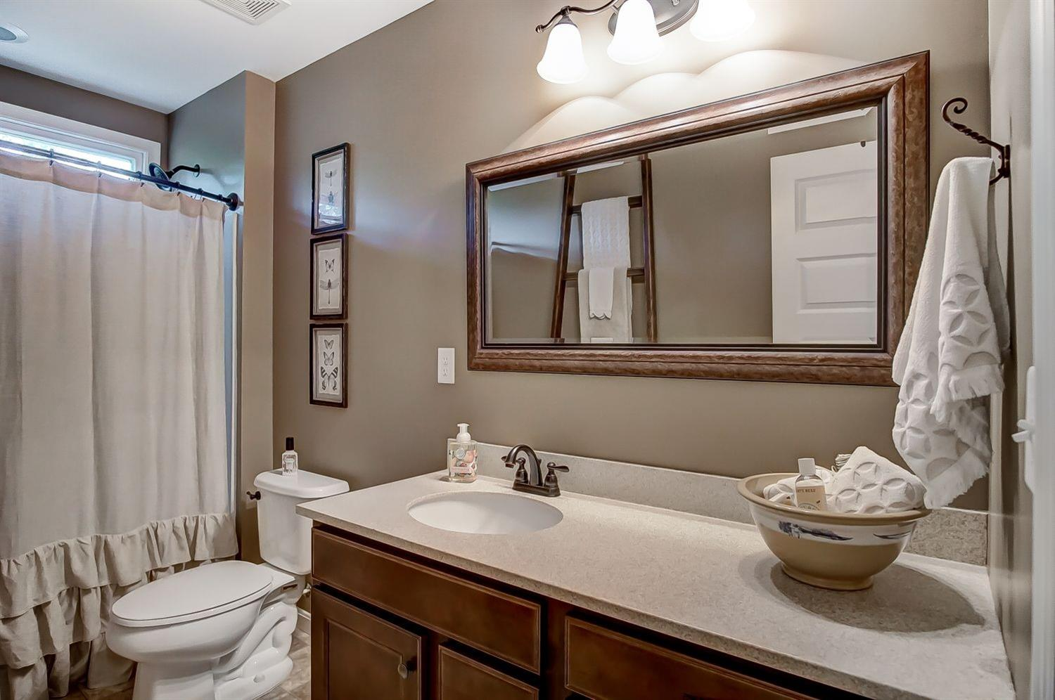 Property for sale at 1327 Forest Glen Boulevard, Batavia Twp,  OH 45103