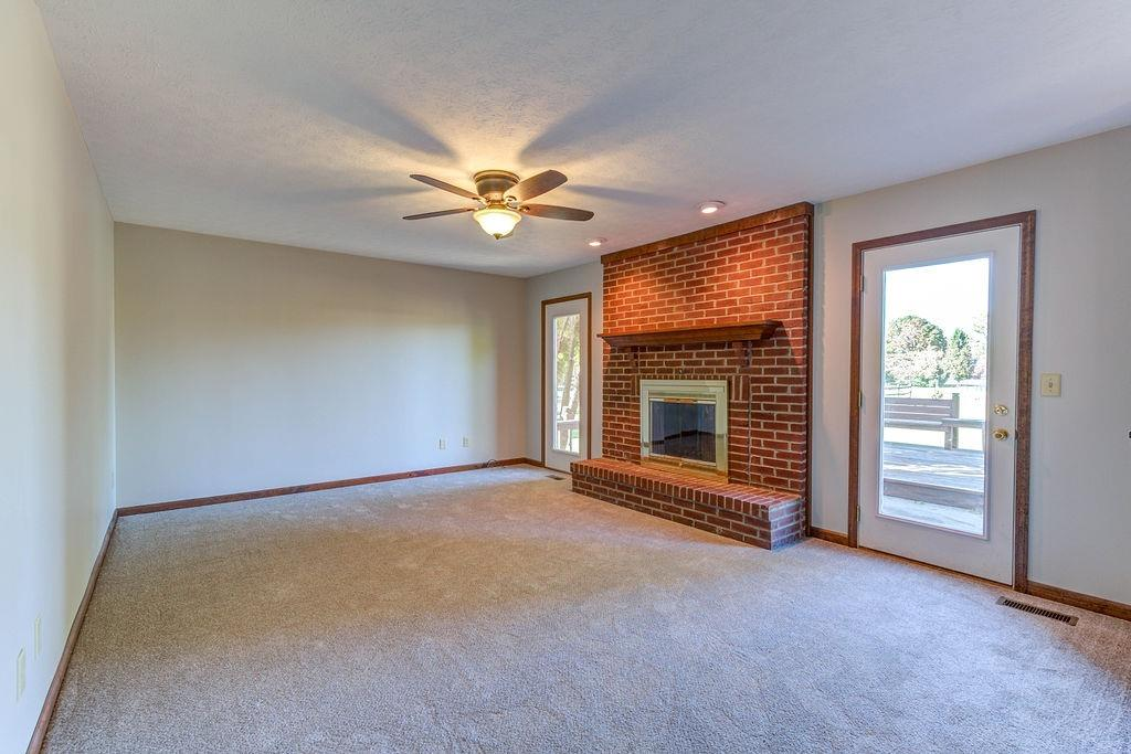 Property for sale at 8252 Fox Knoll Drive, West Chester,  OH 45069
