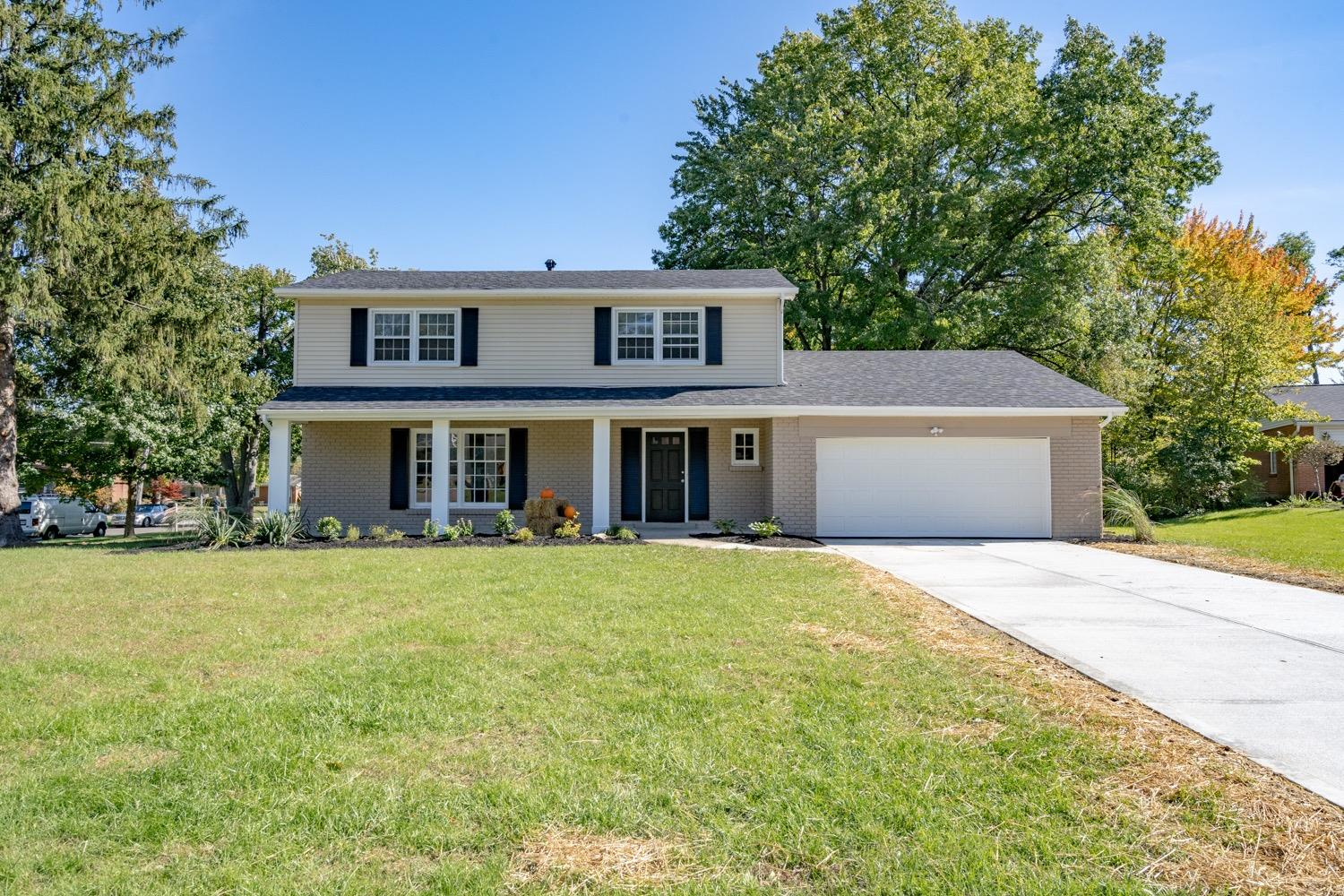 Property for sale at 5717 Charteroak Drive, Sycamore Twp,  OH 45236