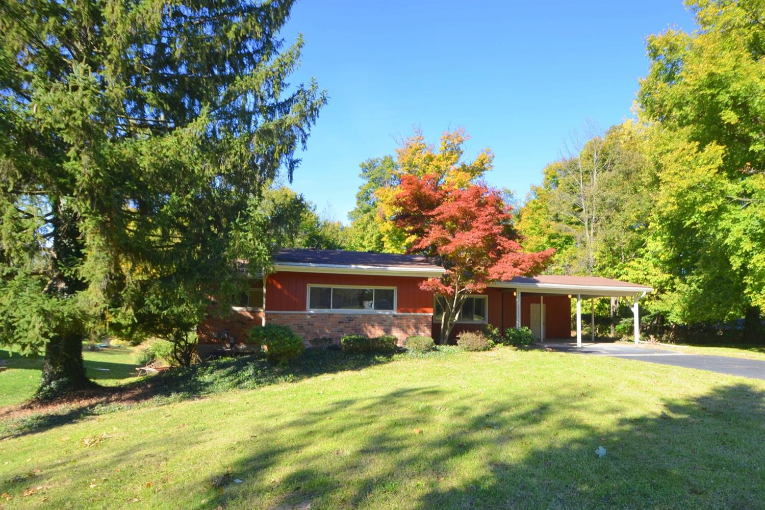 Property for sale at 7677 View Place Drive, Springfield Twp.,  OH 45224