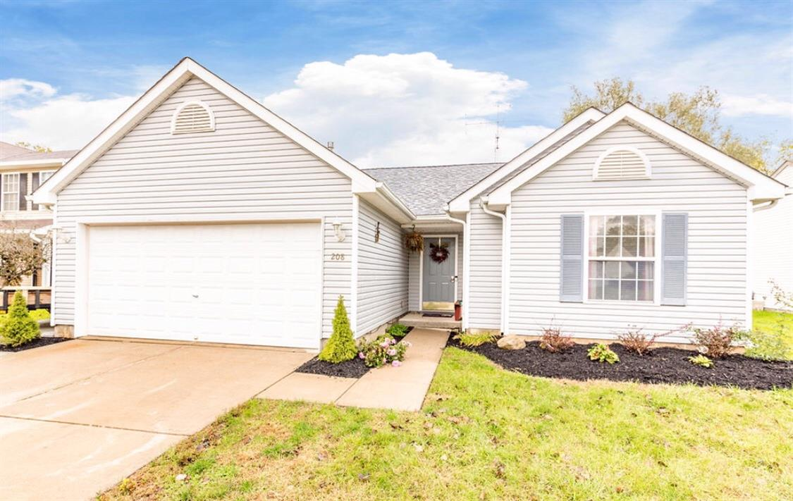 Property for sale at 208 Clara Drive, Trenton,  OH 45067