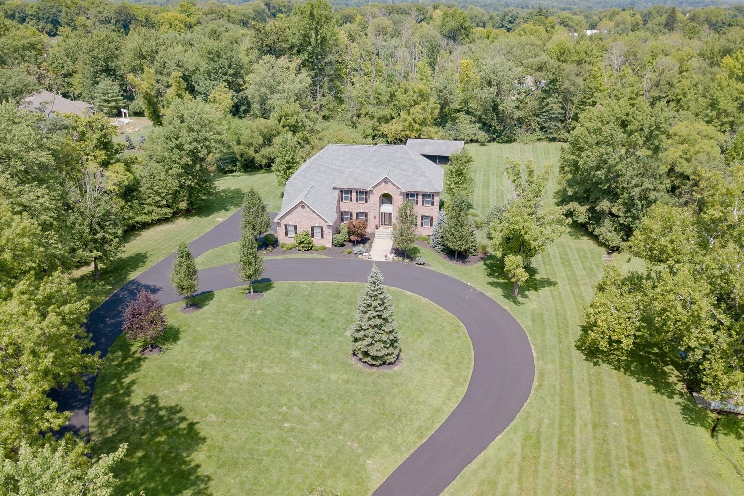 Property for sale at 8050 Kugler Mill Road, Indian Hill,  Ohio 45243