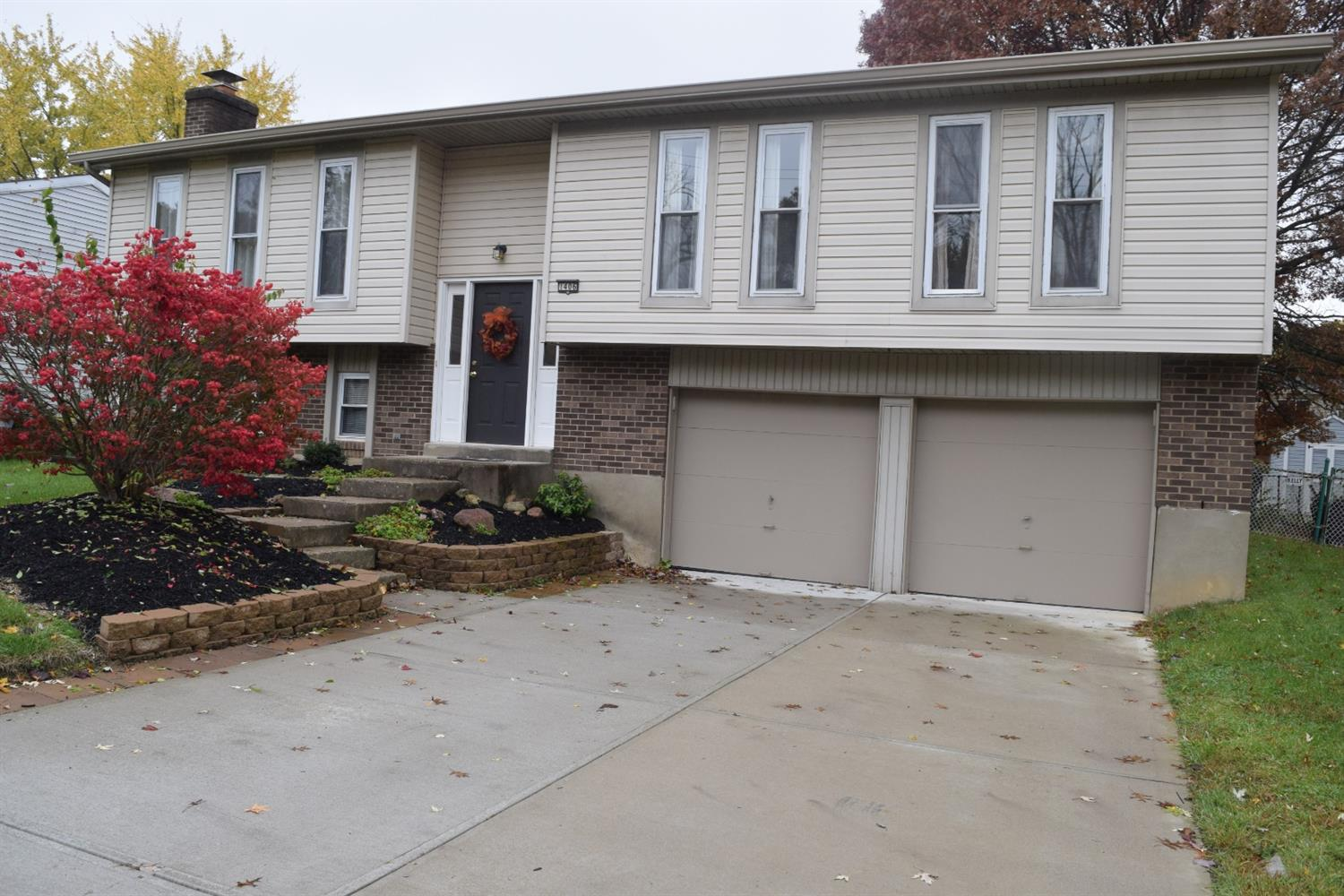 Property for sale at 1406 Hazelgrove Drive, Springfield Twp.,  OH 45240