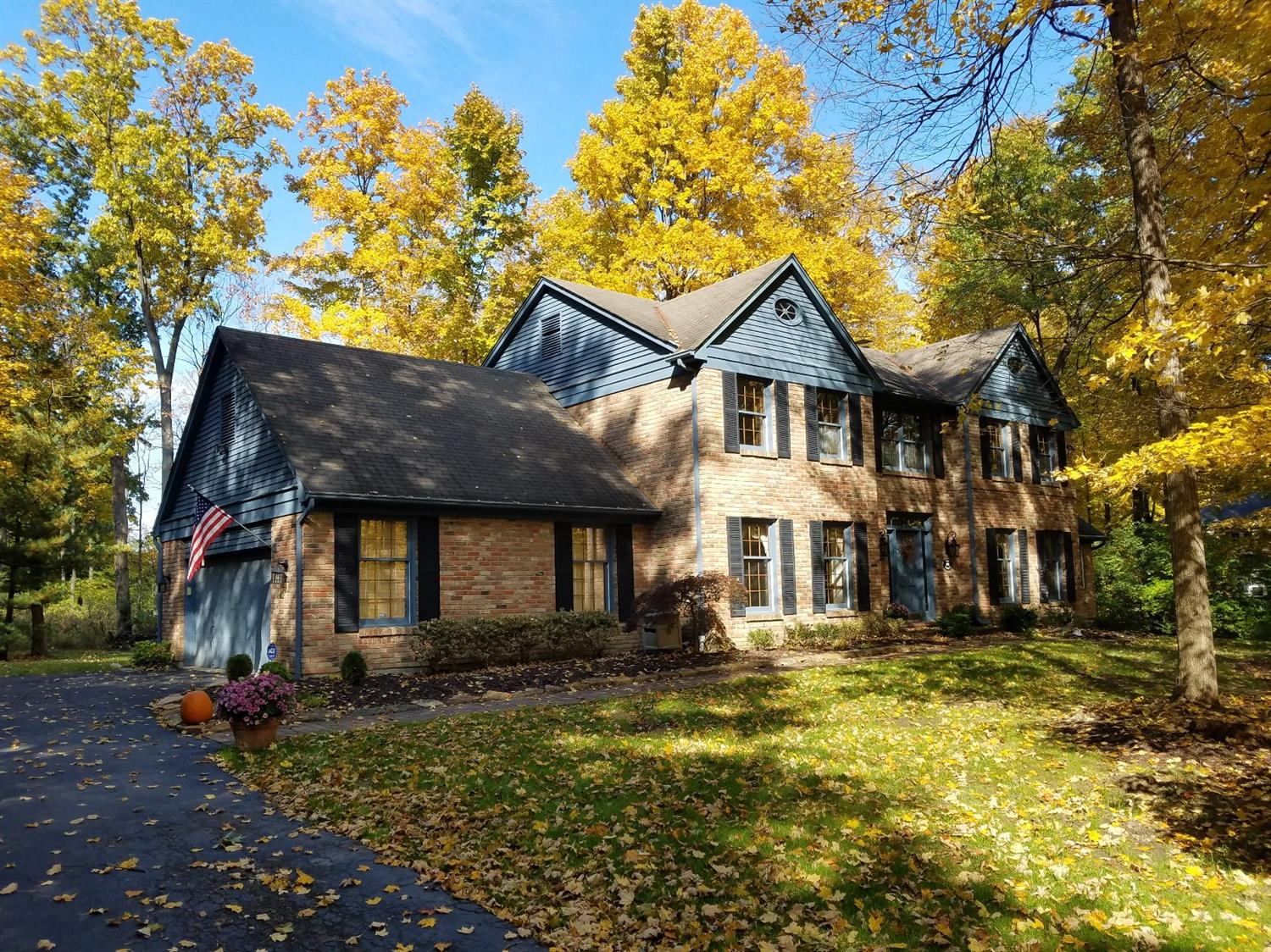 Property for sale at 8160 Kemperridge Court, Sycamore Twp,  OH 45249