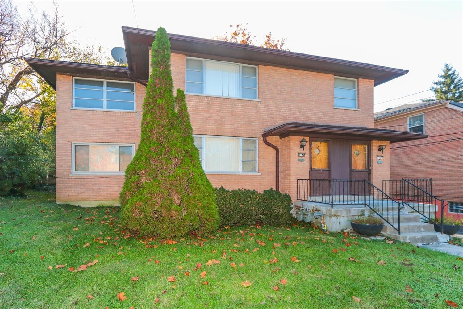 Property for sale at 1045 Clearbrook Drive, Cincinnati,  OH 45229