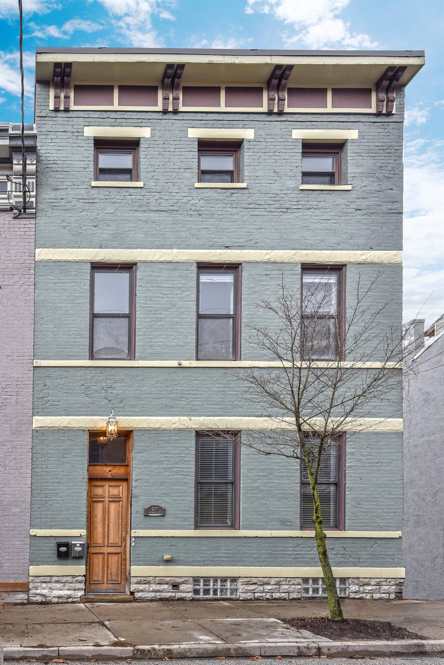 Property for sale at 207 Mulberry Street, Cincinnati,  Ohio 45202