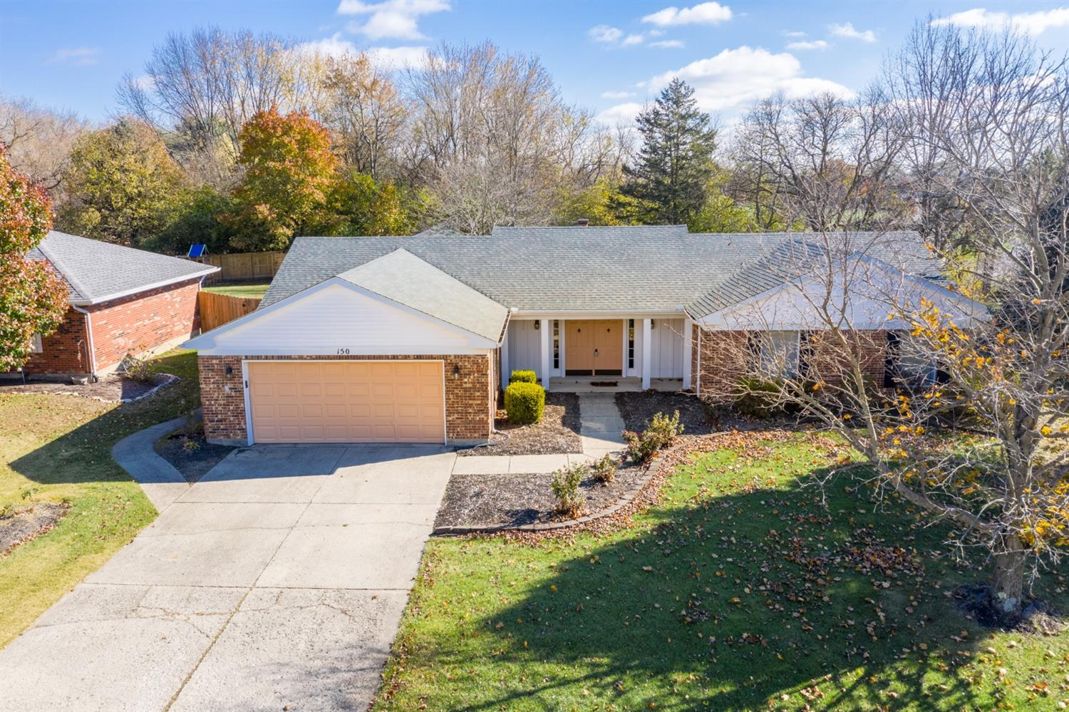 Property for sale at 150 E Ellis Drive, Waynesville,  OH 45068