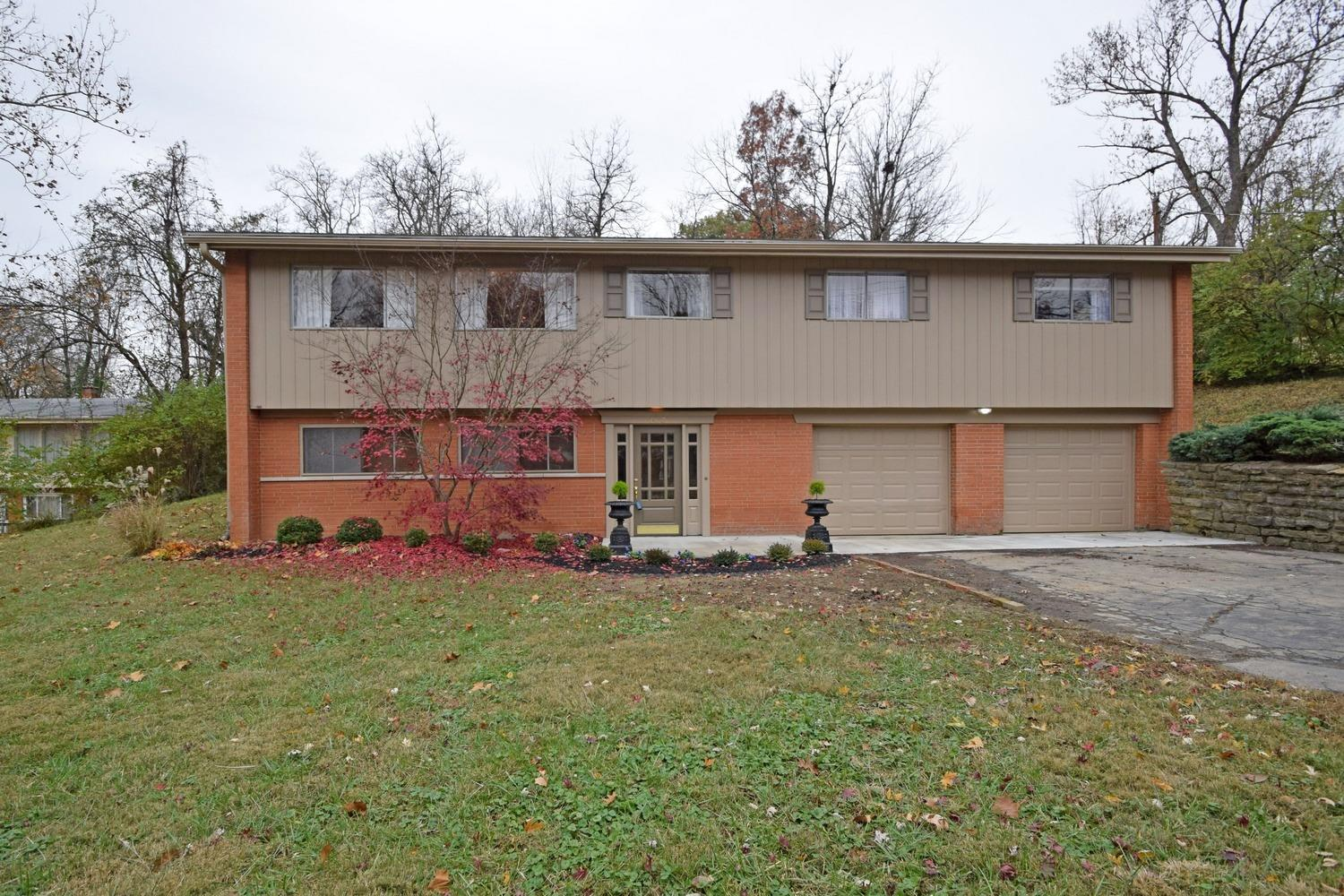 Property for sale at 563 Wellesley Avenue, Springfield Twp.,  OH 45224