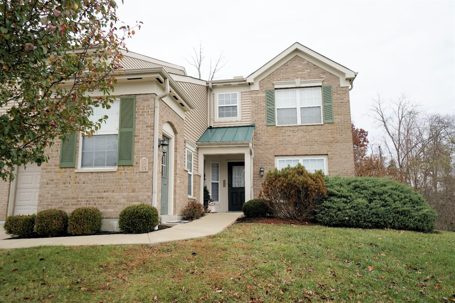 Property for sale at 1370 Twin Spires Drive, Batavia,  OH 45103