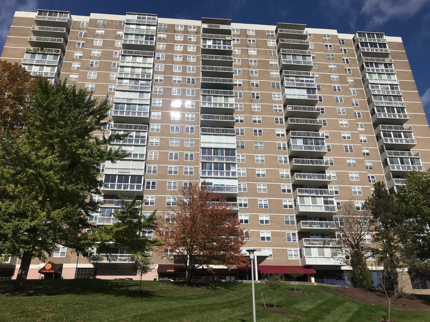 Property for sale at 2444 Madison Road Unit: 1604, Cincinnati,  OH 45208