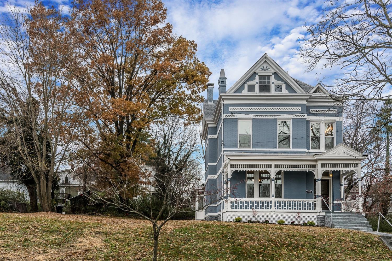 Property for sale at 433 Hawthorne Avenue, Cincinnati,  OH 45205