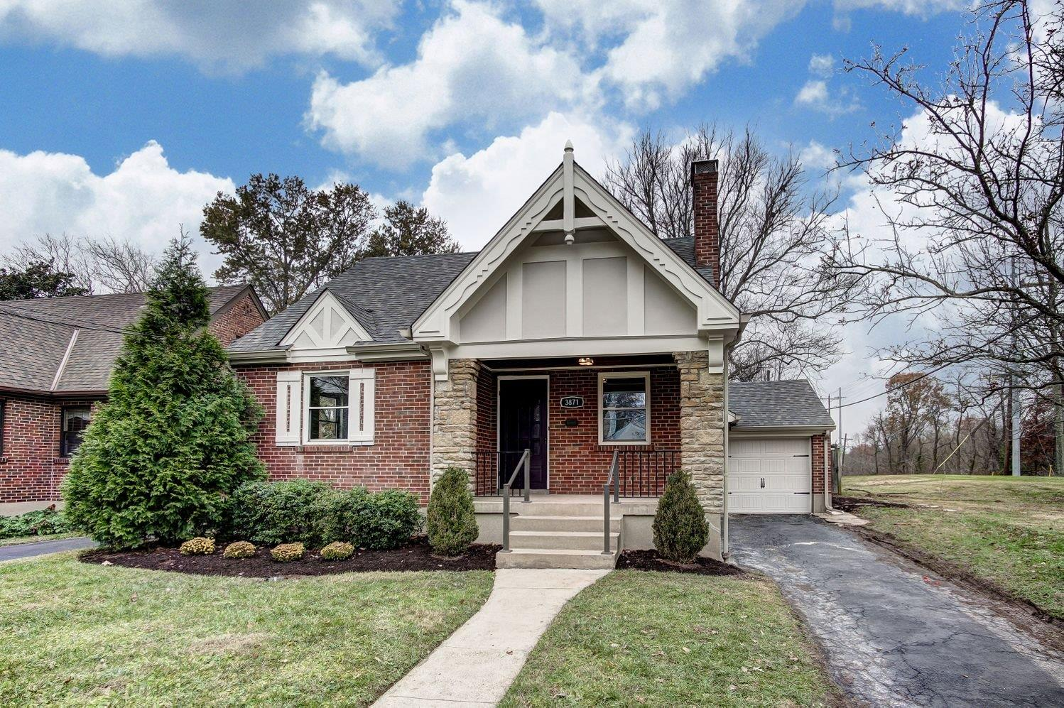 Property for sale at 3871 Settle Road, Mariemont,  OH 45227