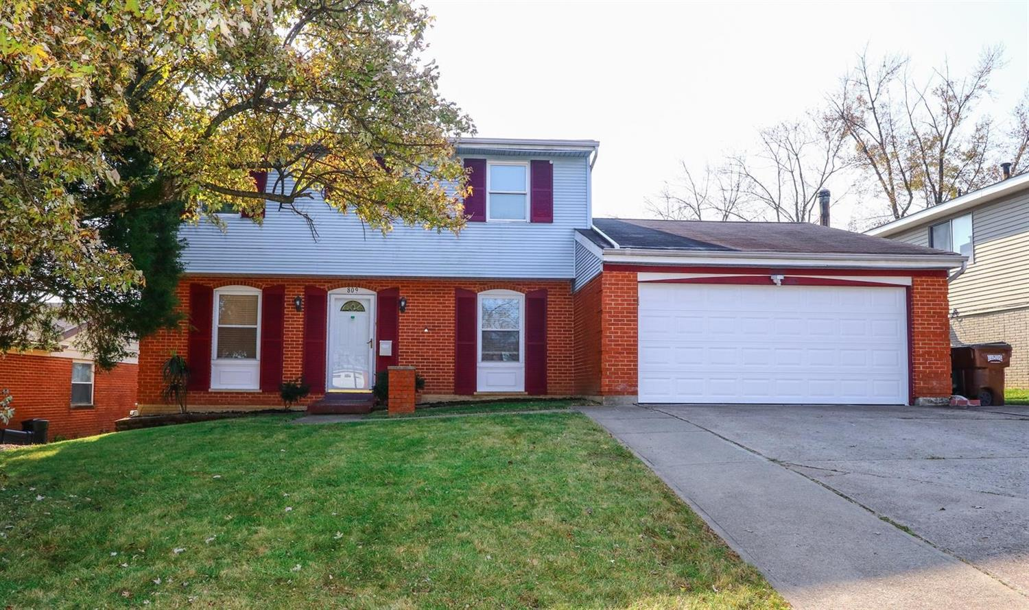 Property for sale at 809 Holyoke Drive, Forest Park,  OH 45240