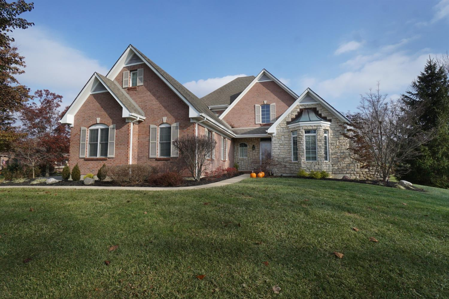 Property for sale at 472 Aspen Ridge Drive, Turtle Creek Twp,  OH 45036