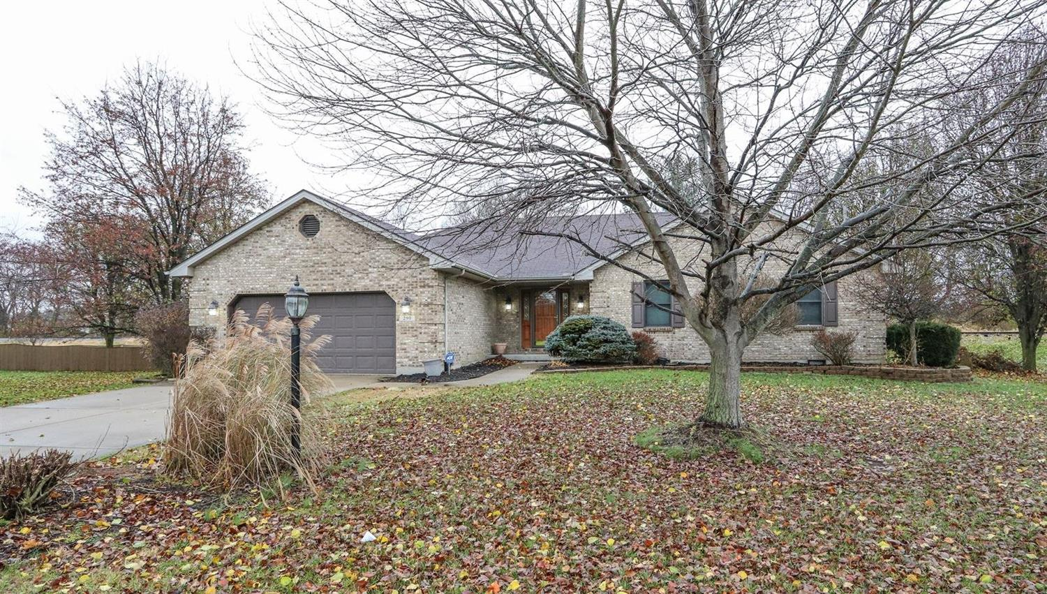 Property for sale at 290 Ethelrob Circle, Carlisle,  OH 45005