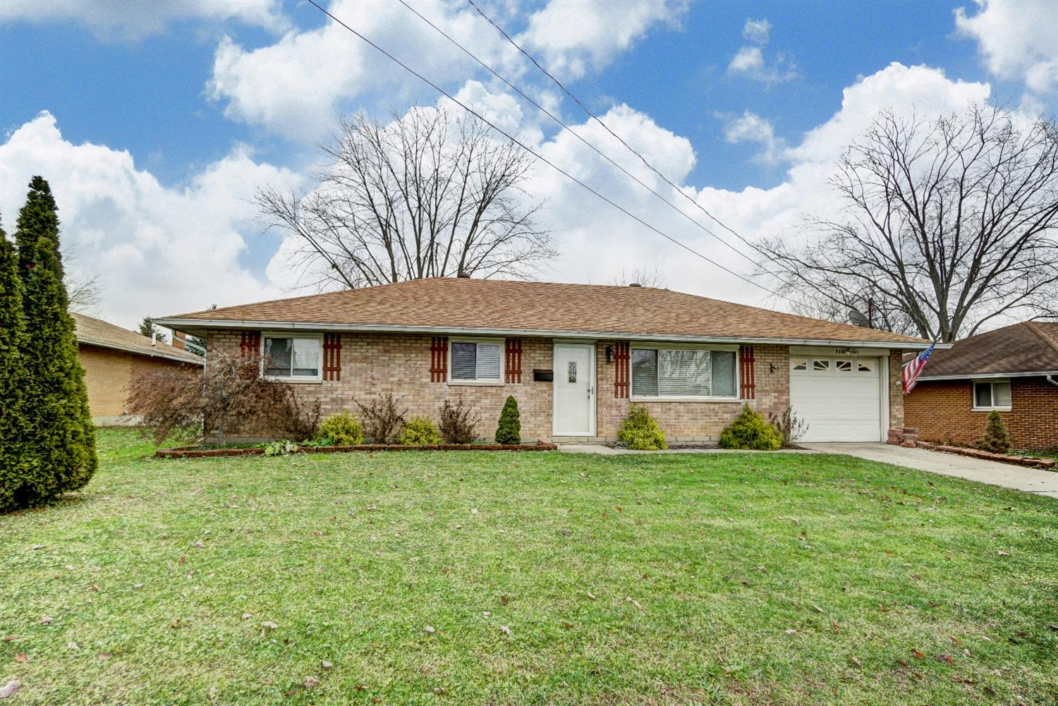 Property for sale at 924 Sharon Drive, Lebanon,  OH 45036